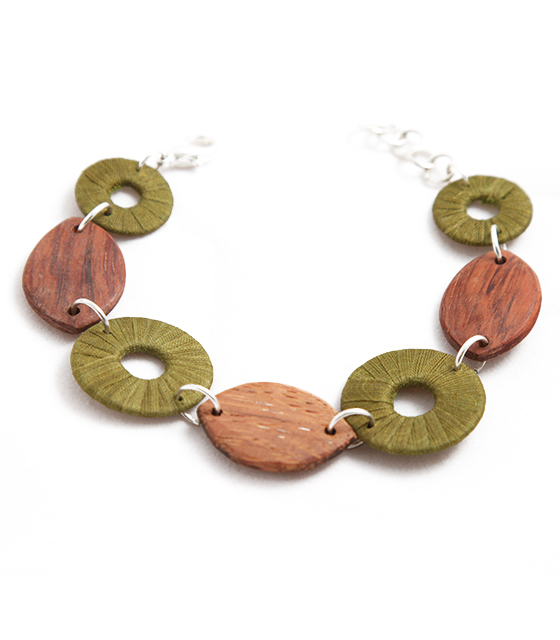 Turning leaf bracelet
