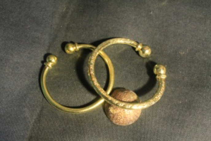 Two Ball Cuff Angkor Bullet